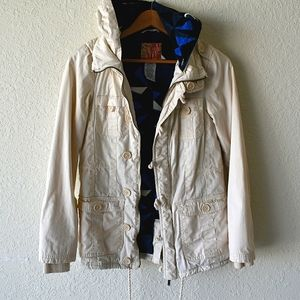 Billabong cotton hooded off white with blue lining
